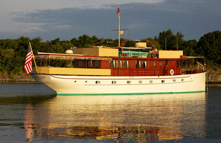 Details for ENTICER Private Luxury Yacht For sale