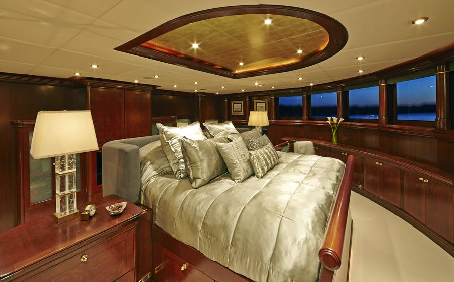 Features for ZOOM ZOOM ZOOM Private Luxury Yacht For sale