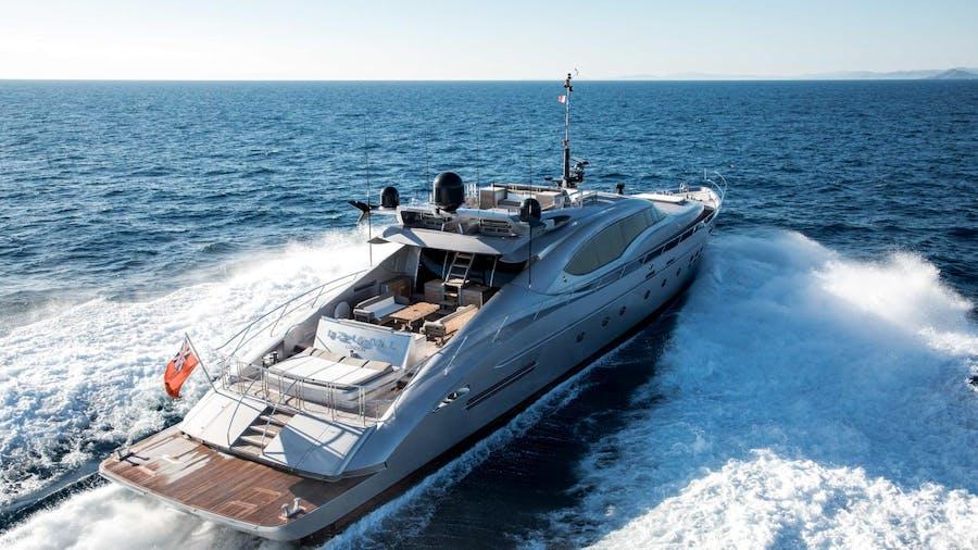 IZUMI Yacht