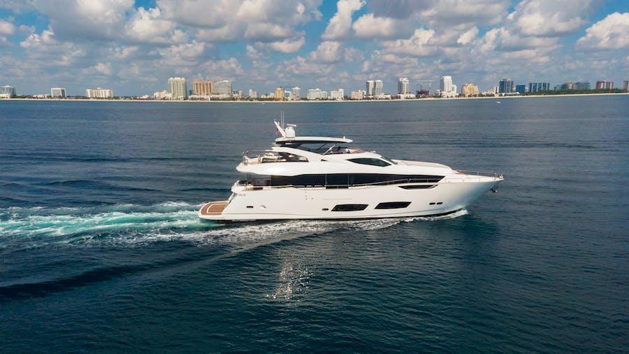 PV 95 Yacht