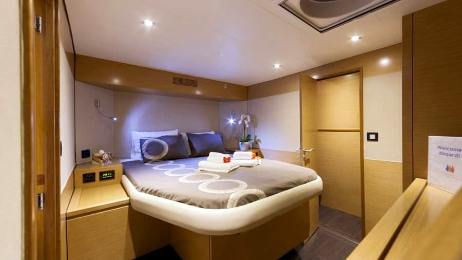 Luxury TW60 5 Cabin Yacht