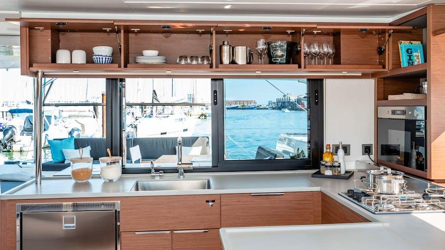 RENDEZ-VOUS Yacht