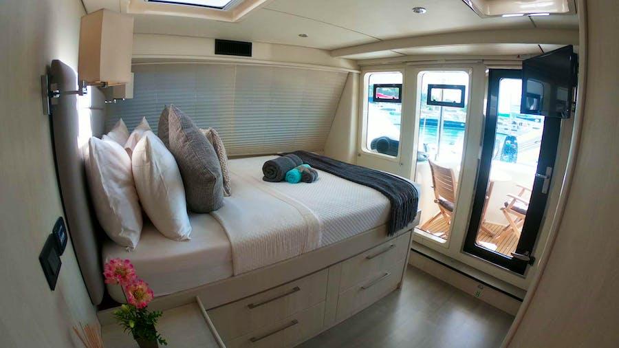 SOMETHING WONDERFUL Yacht