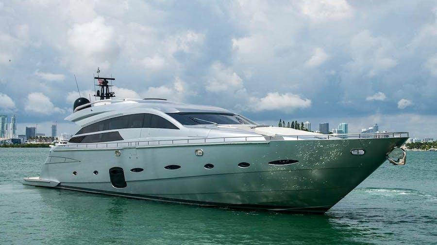 JAN J Yacht