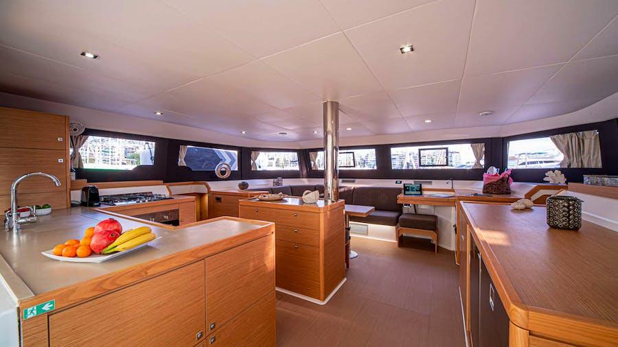 MY BLUE HEAVEN Yacht