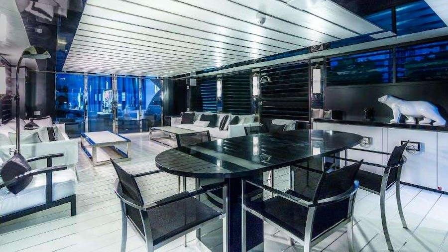 120 YCG Yacht
