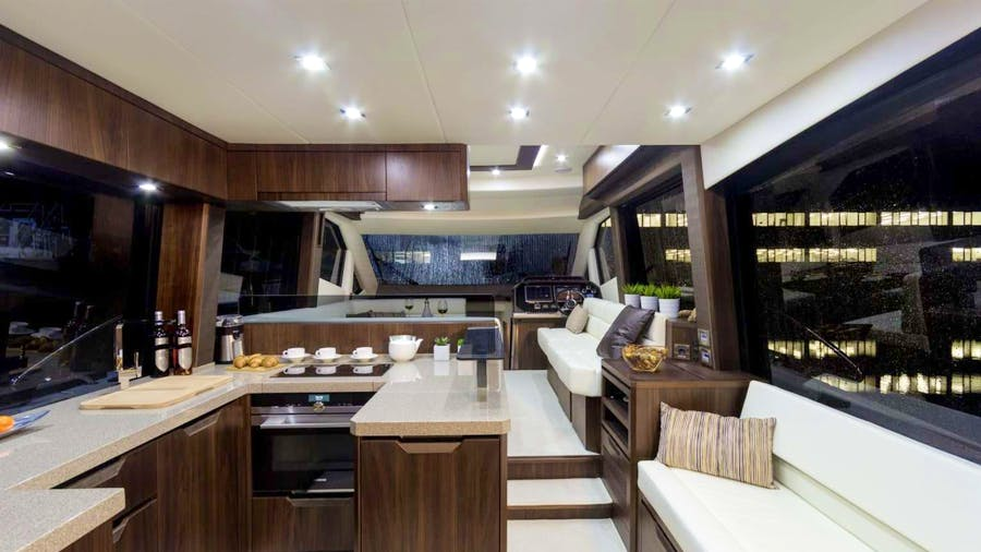 CLOUD IX Yacht