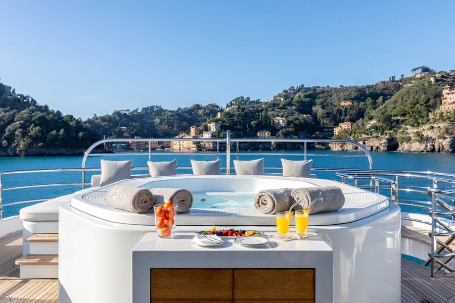 Features for REVELRY Private Luxury Yacht For charter