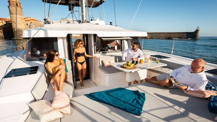 Moderna Yacht