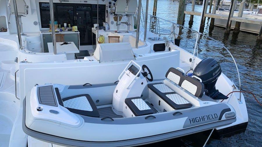 RUMAWAY Yacht