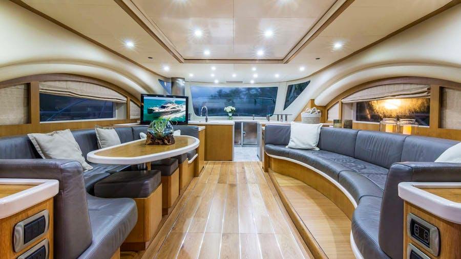 LEGEND & SOUL Yacht