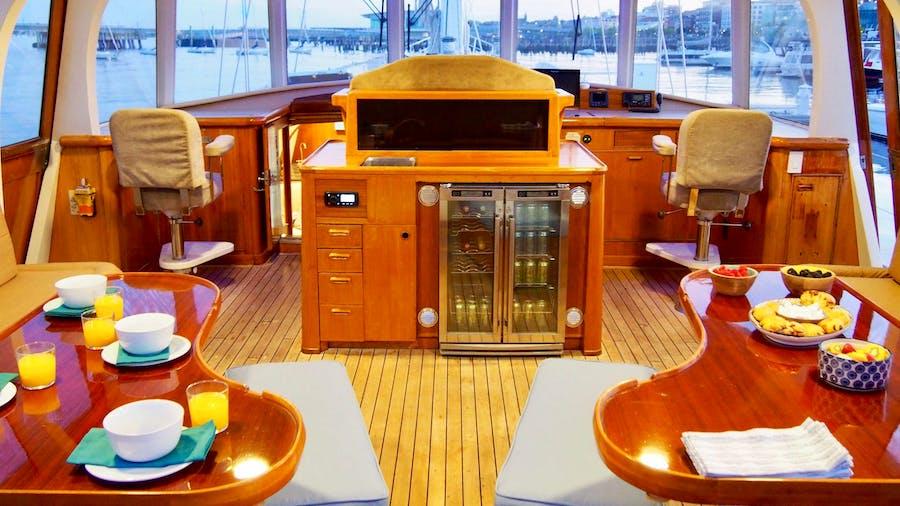AUGUST MAVERICK Yacht