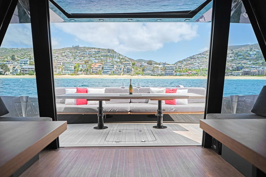 Features for AIFOS Private Luxury Yacht For sale