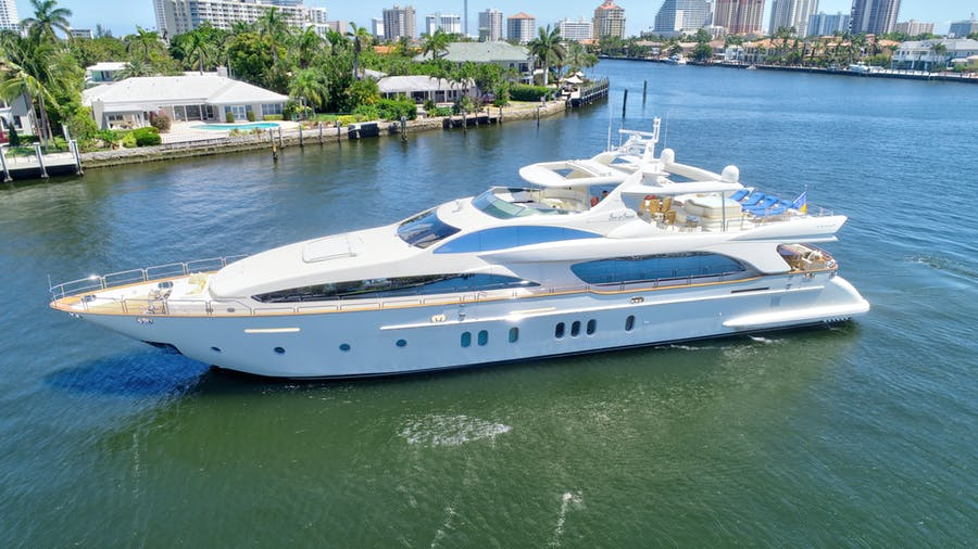 Features for SIN OR SWIM Private Luxury Yacht For sale
