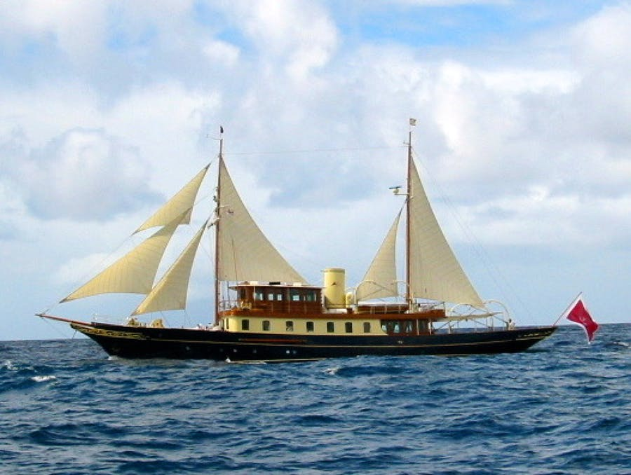 Features for ATLANTIDE Private Luxury Yacht For sale