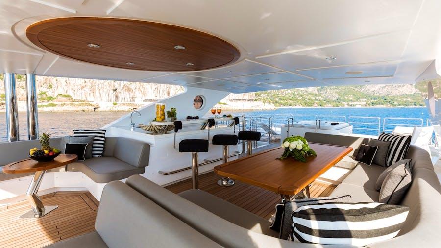 ALTAVITA Yacht