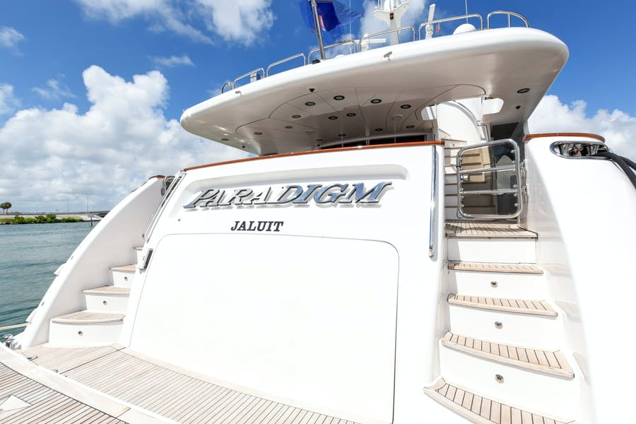 Features for PARADIGM Private Luxury Yacht For sale