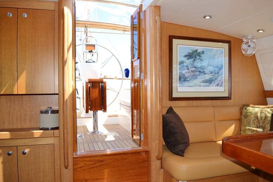 Features for MEHETABEL Private Luxury Yacht For sale