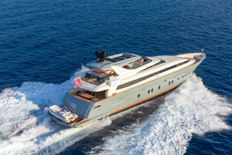 Features for Y42 Private Luxury Yacht For sale