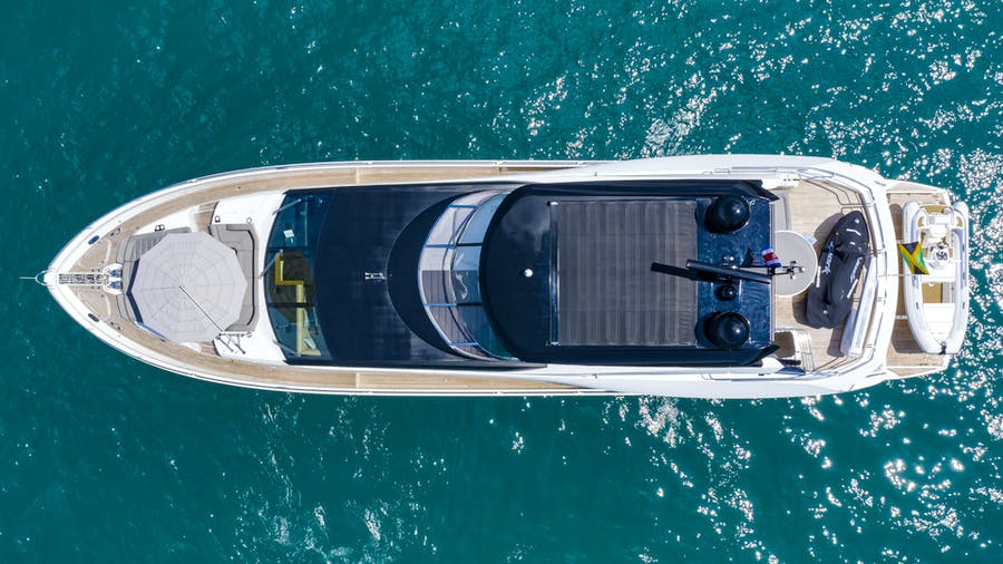 Features for PURA VIDA Private Luxury Yacht For sale