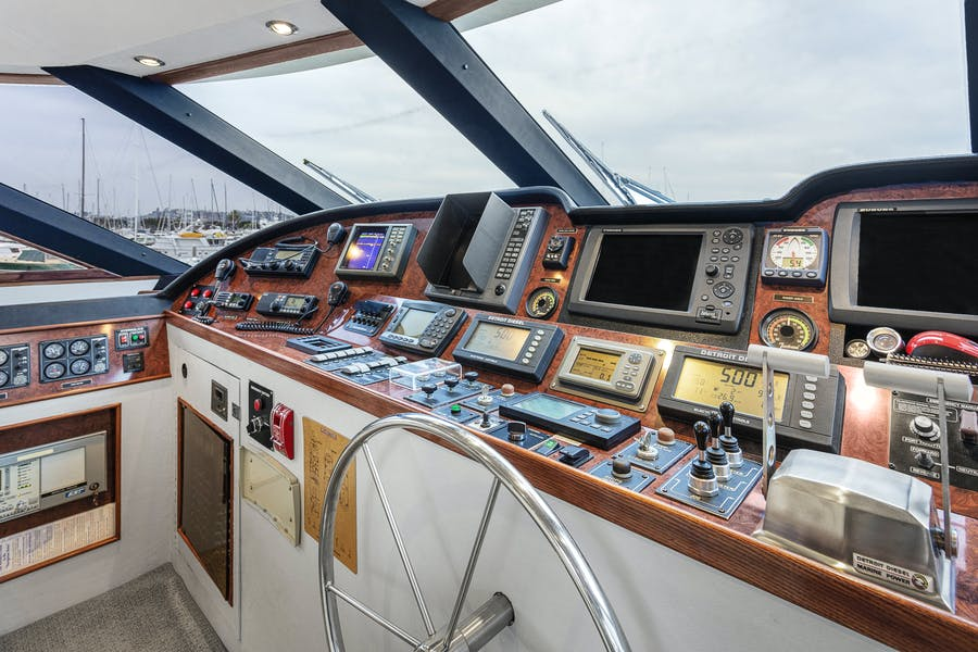 Features for ISABELLA Private Luxury Yacht For sale