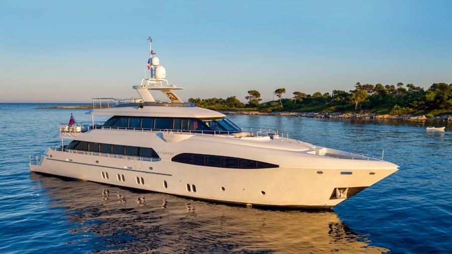 CRYSTAL Yacht