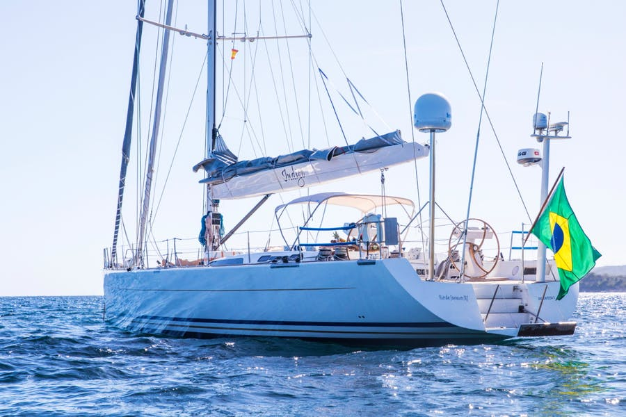Features for INDIGO Private Luxury Yacht For sale