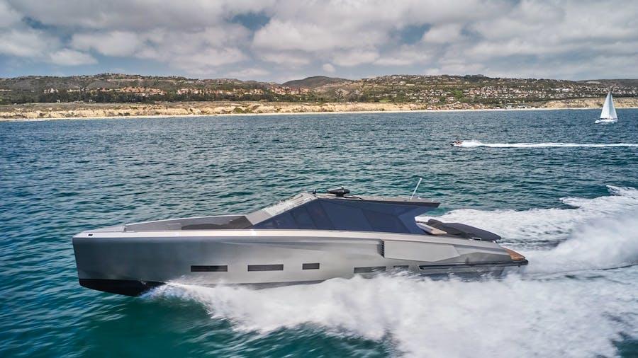 AIFOS Yacht