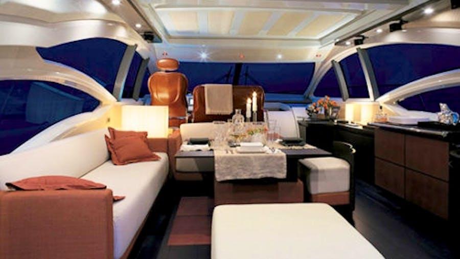 WARREN KELLY Yacht