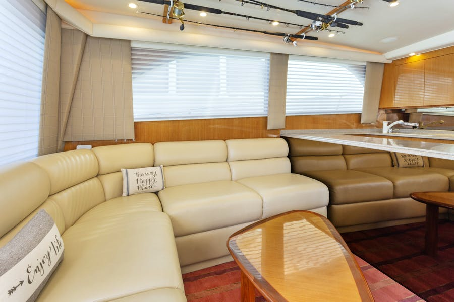 Features for ROCKETSHIP Private Luxury Yacht For sale