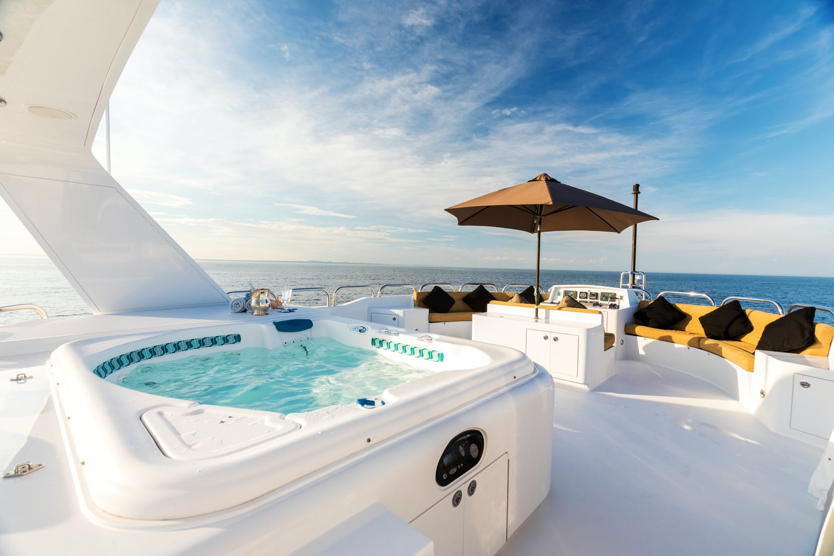 Seasonal Rates for SHOGUN Private Luxury Yacht For Charter