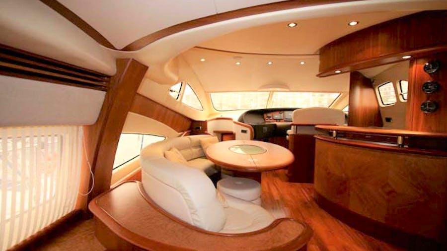 PRAXIS 4 Yacht