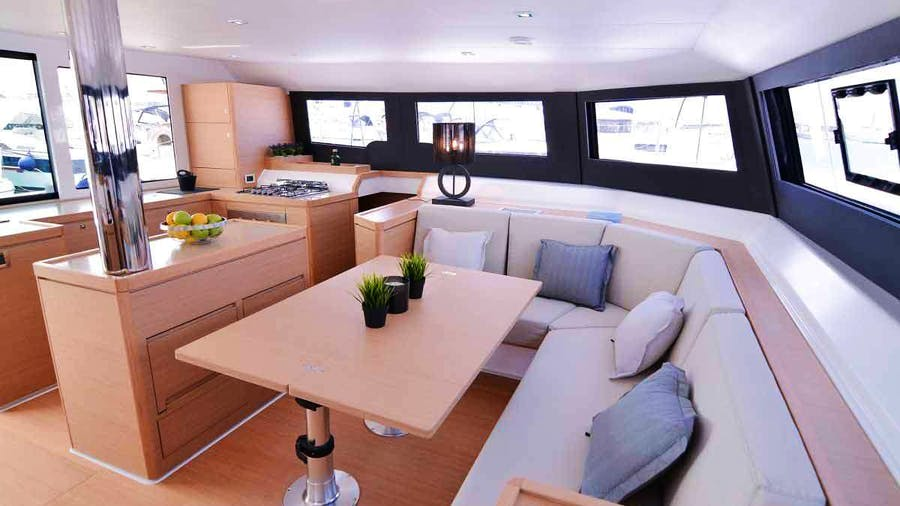 JOVY Yacht