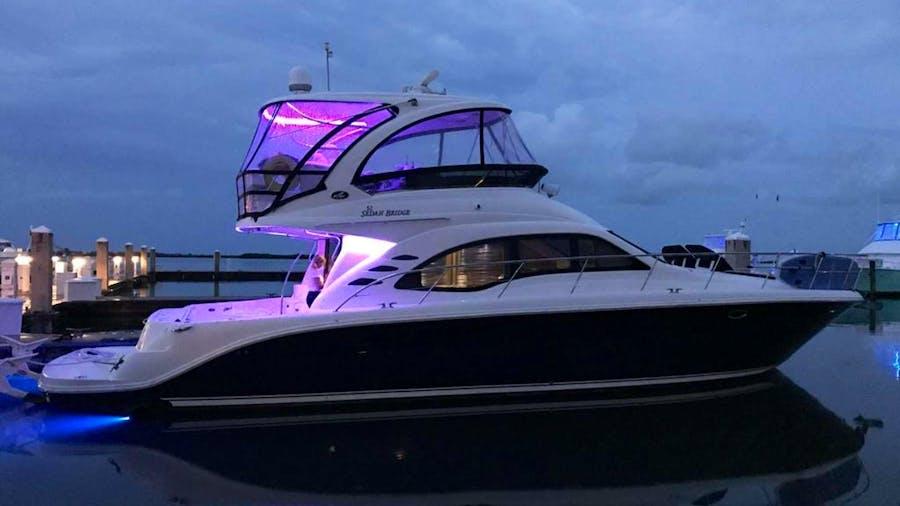 Champagne  Yacht