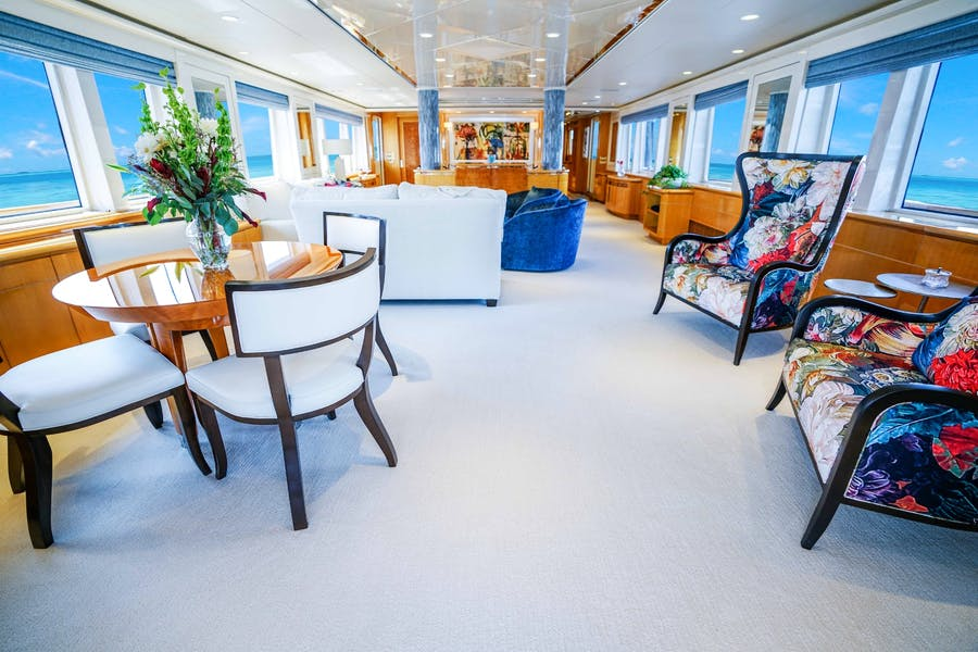 Details for WONDERLAND Private Luxury Yacht For sale