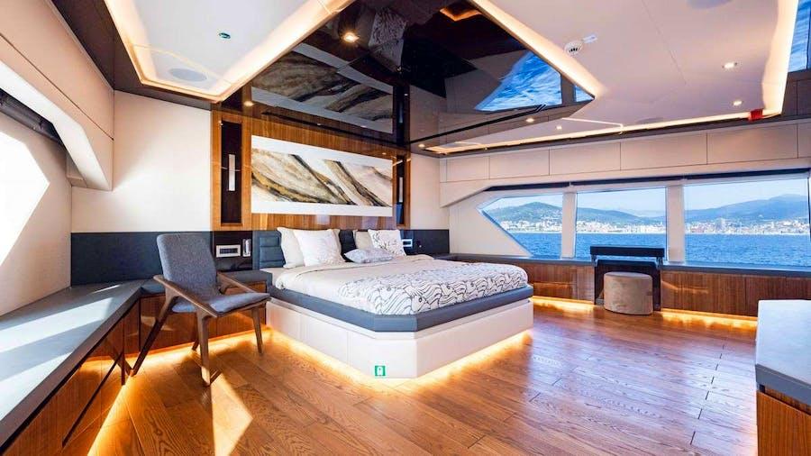 KANDO Yacht