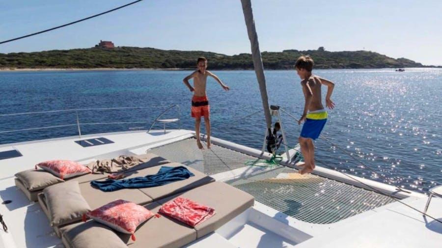 SeaU Yacht