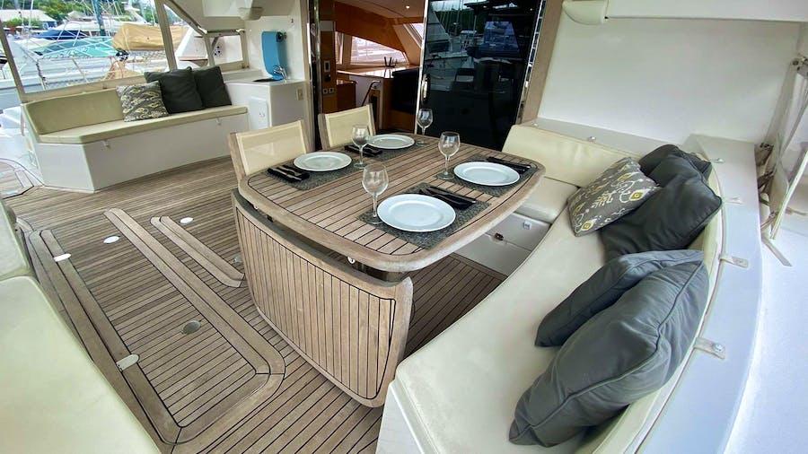 TRES SUENOS Yacht