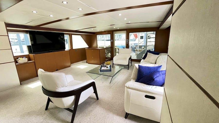 DESLIZE Yacht