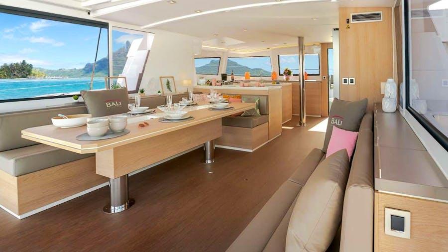 WINDWARD  5.4 Yacht
