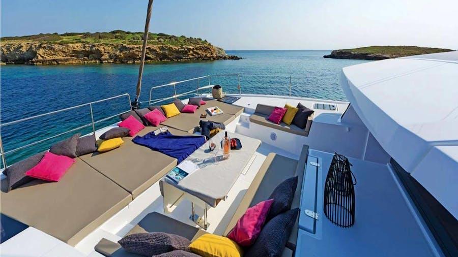 ISLAND KISSES Yacht