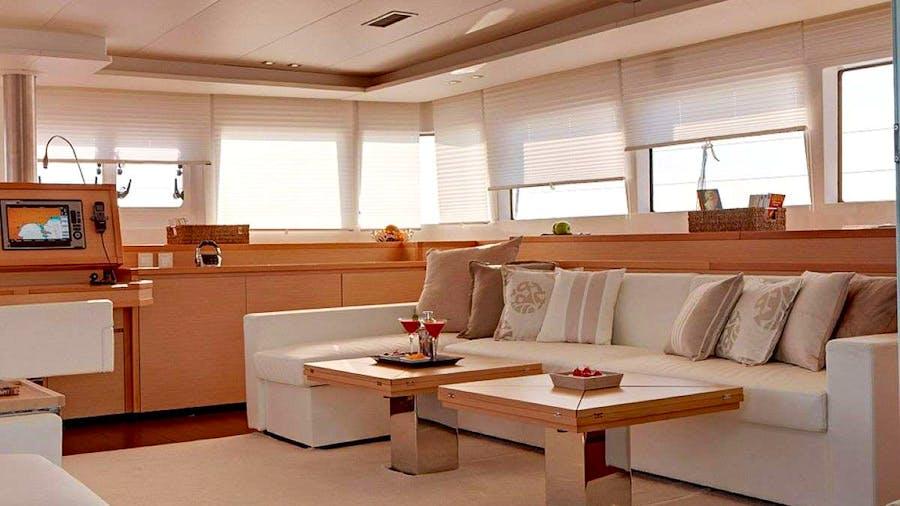 THE PURSUIT Yacht