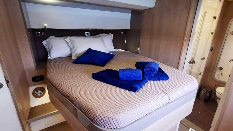 Kos 54.Cat (Athens) Yacht