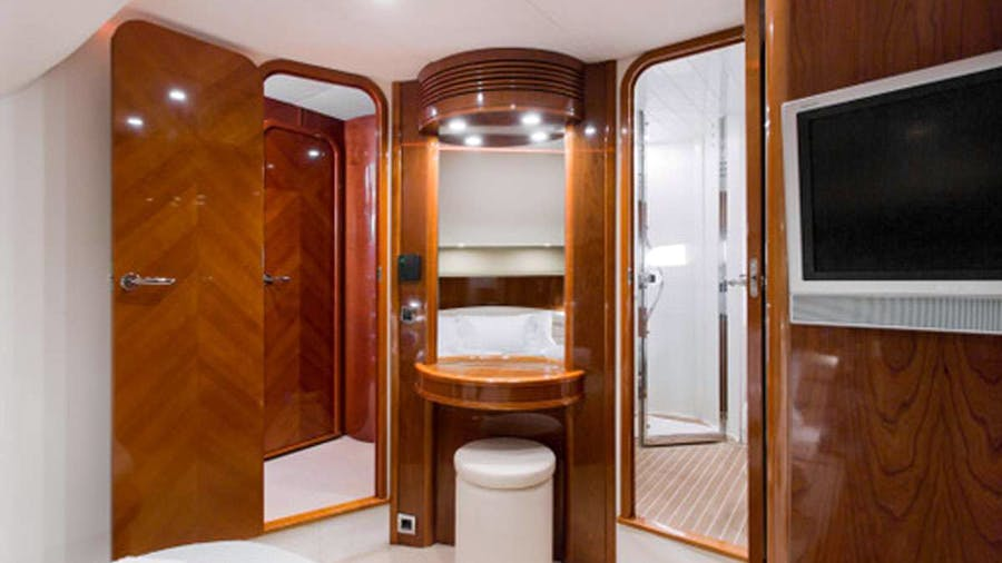PRINCESS 61 Yacht