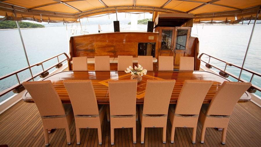Kadena Yacht