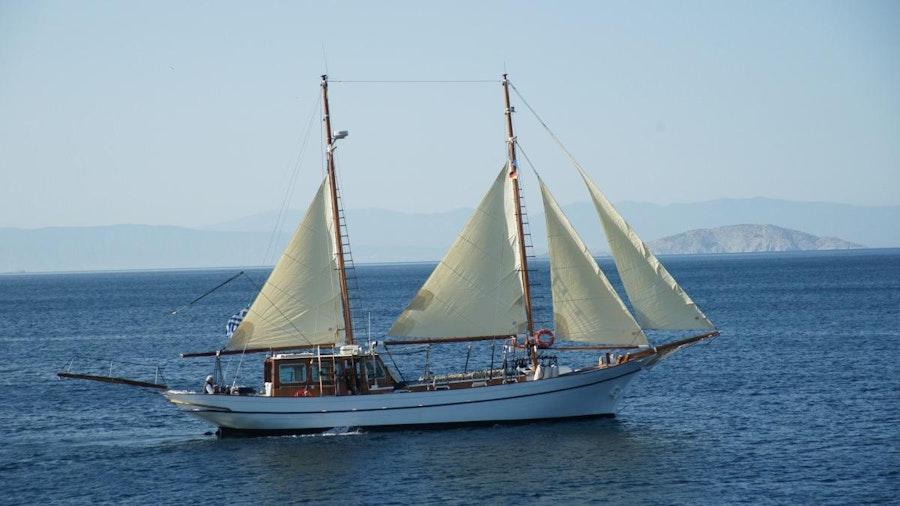 ELEFTHERIA Yacht