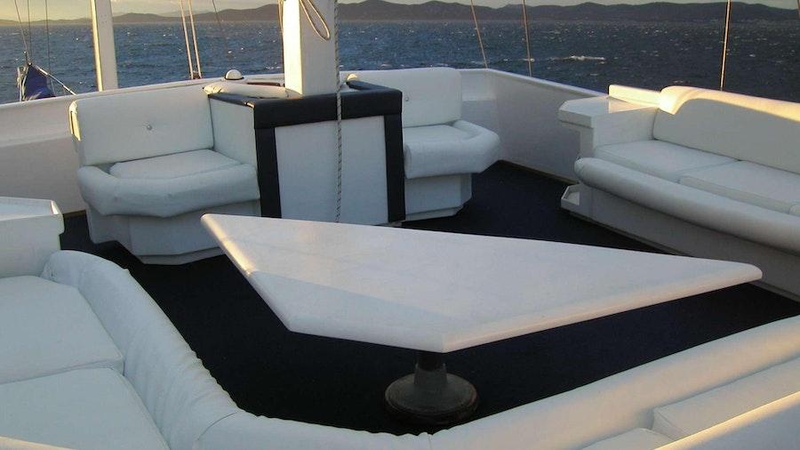 VITO Yacht