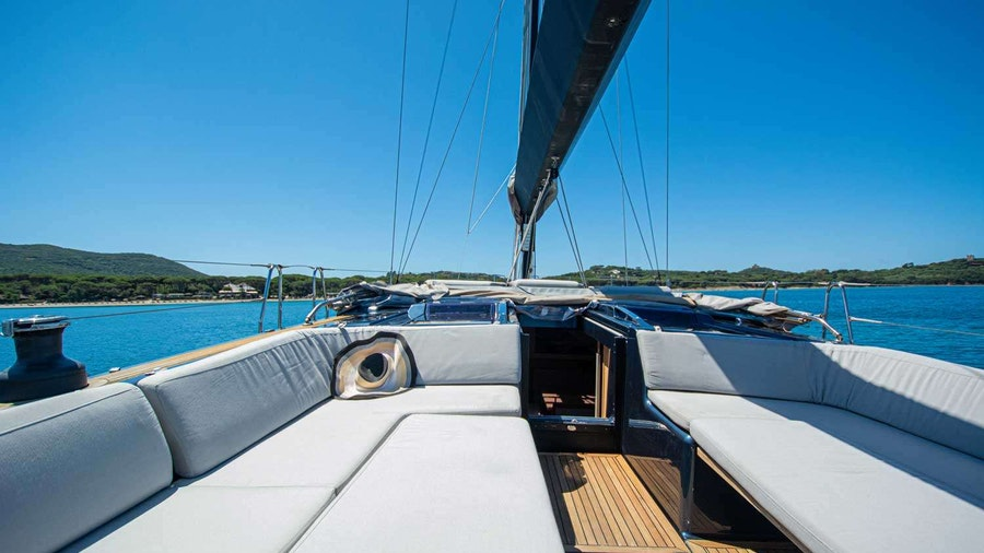 Kind of Blue Yacht
